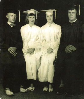 picture of Folsomville graduating class of 1955
